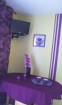 Lounge and bedroom Cottage Les Orchidées
