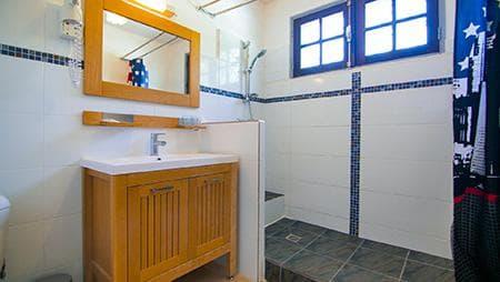 Bathroom family room #5