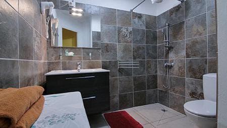 Bathroom room #11
