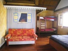 le relais de mafate bungalow chambre
