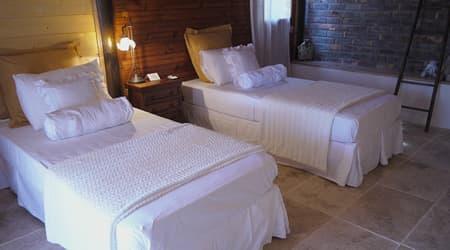 Twin bedroom in Lodge Geranium