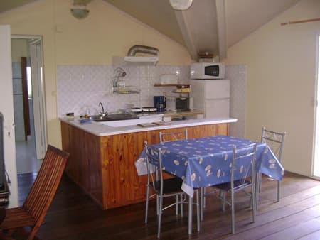 Studio The Bengali 1 - Kitchen