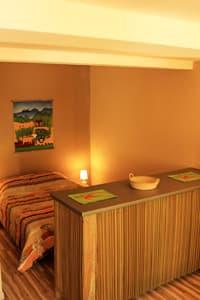 studio z´oiseaux - bedroom