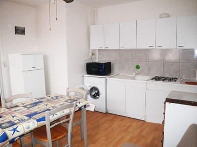 apartment n°4 - kitchen