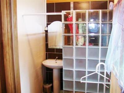 chalet : bathroom of the double bedroom