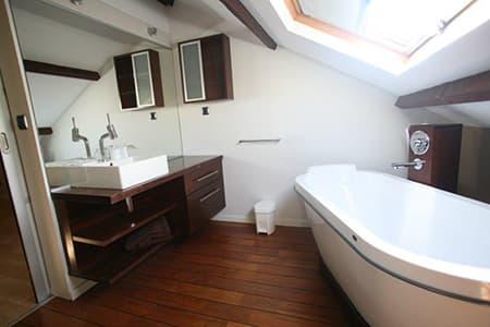 Salle de bains à l''étage