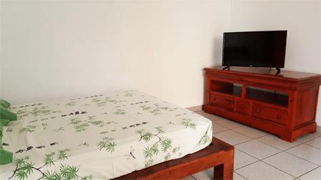 Bedroom in studio Alamanda