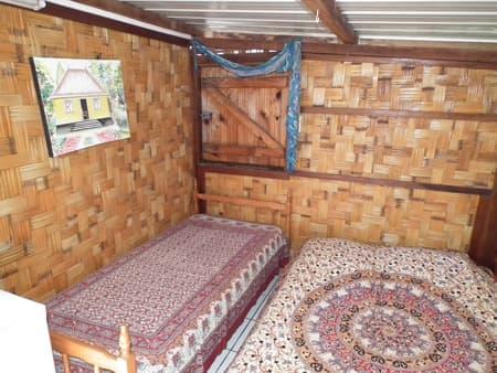 The Hibiscus bedroom