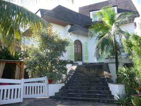 Villa Mango's