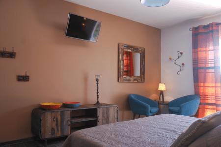 Tangor guest room