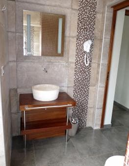 The bathroom in villa Sublime