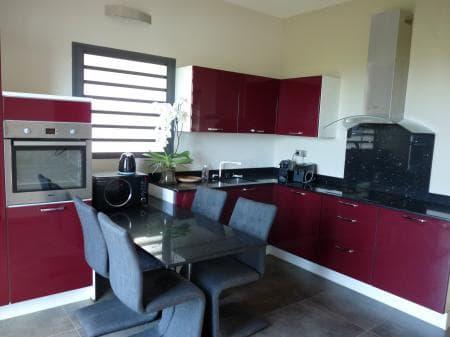 The kitchen in villa Authentique