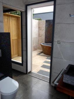 Bathroom in villa Authentique