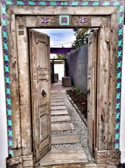 Porte balinaise
