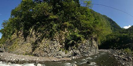 La rivière toute proche