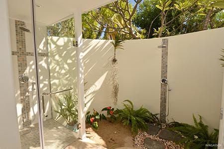 Salle d'eau extérieure Badamier