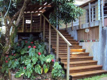 Access to the back garden