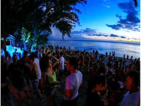 DJ beach party le 3ème samedi du mois