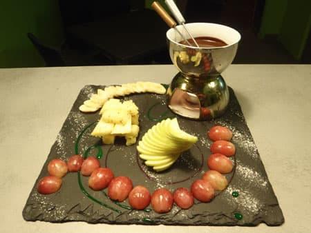 Fondue de chocolat aux fruits frais