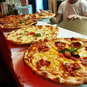 Pizzas to go!